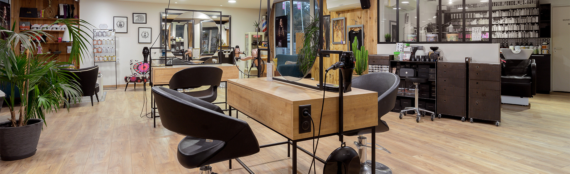 Le Vestibule Coiffure, Hossegor | Salon de coiffure, barbier, et ...